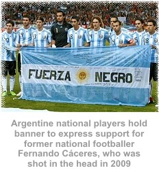 Argentine players display banner